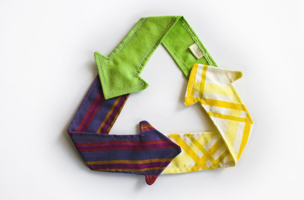 Recycle-Triangle-Cloth-CC-Licensed-noncommercial-share-1024x675